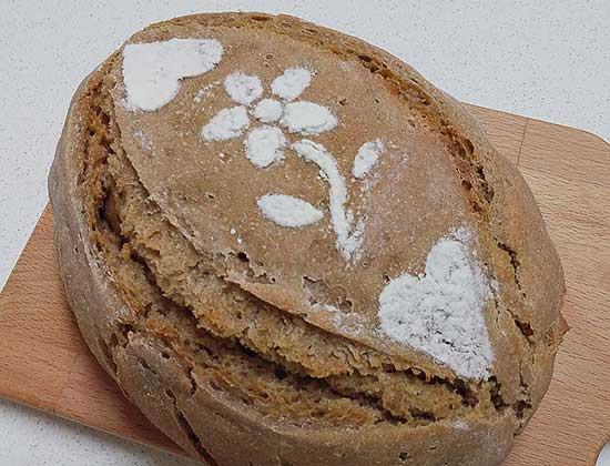 לחם מחמצת 70% חיטה
