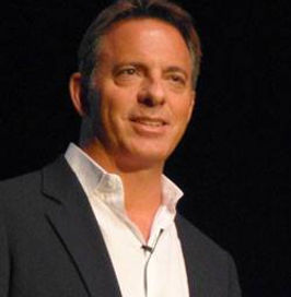 """Author and presenter Dan Pallotta talks about the nonprofit """"Starvation Cycle"""""""