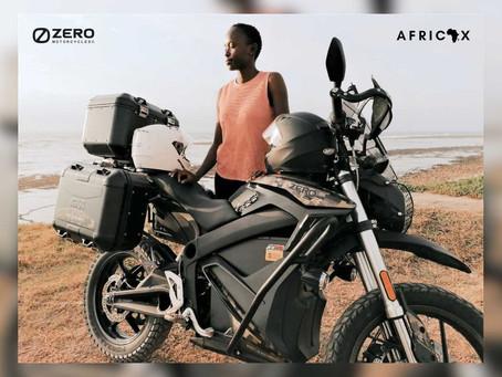 """Road trip de """"Africax"""" 15.000km en moto électrique"""