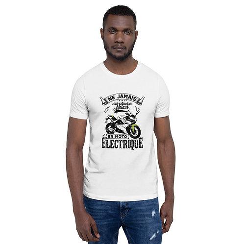 """T-shirt """"Ne jamais sous-estimer"""" - Unisexe à Manches Courtes"""