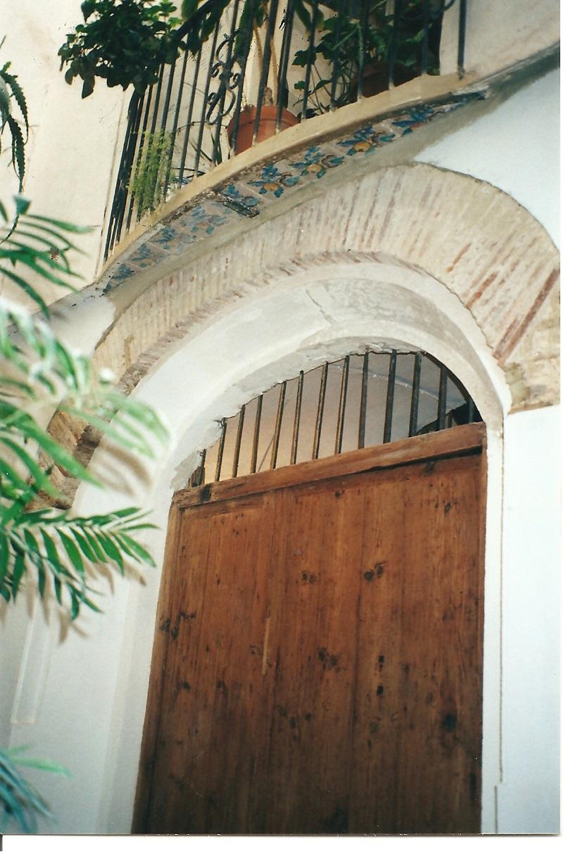 PuertaSobria_03.jpg