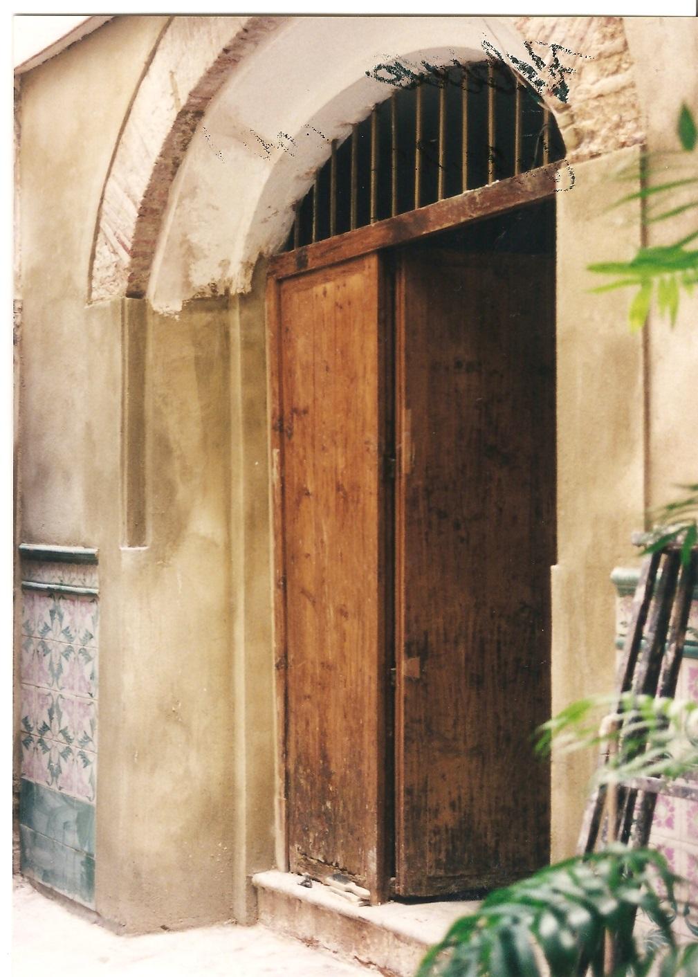 PuertaSobria_02.jpg