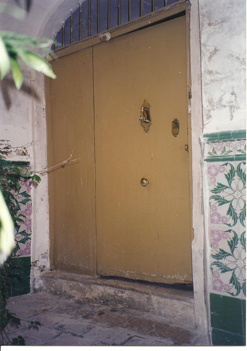 PuertaSobria_01.jpg