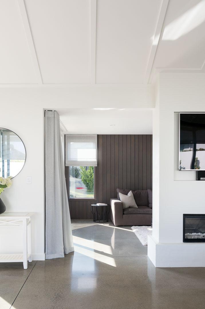Second lounge