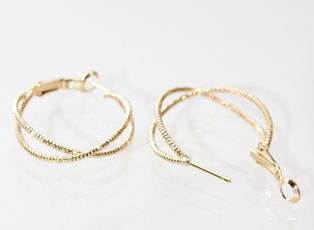 Minty Hoops in Gold