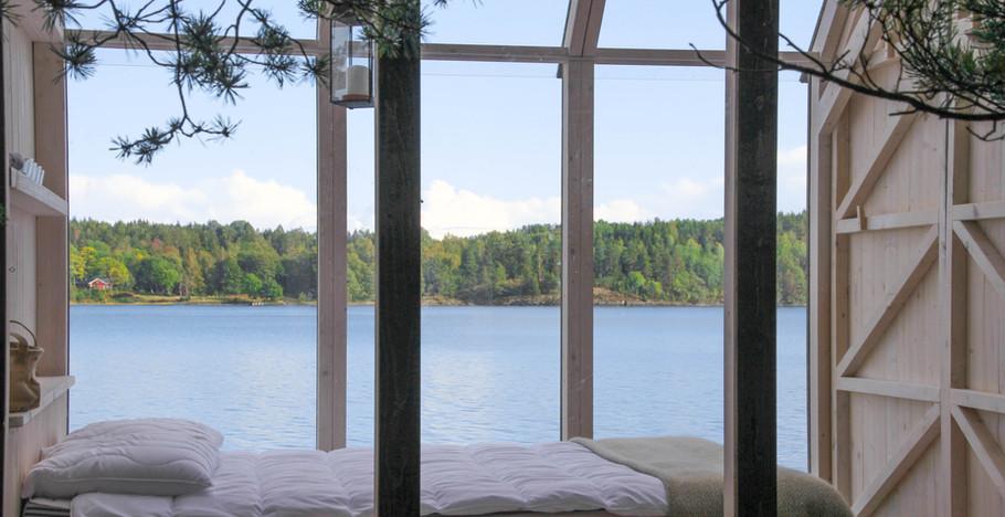 72h Cabin bed.jpg