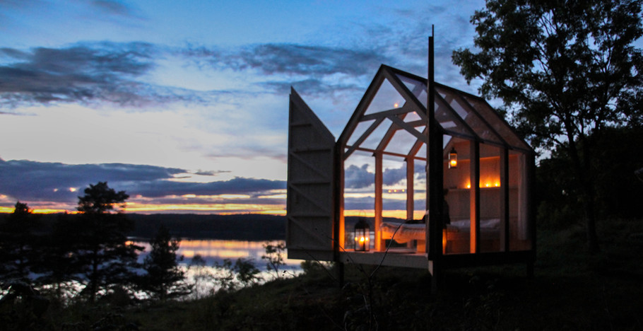 72h Cabin at night.jpg