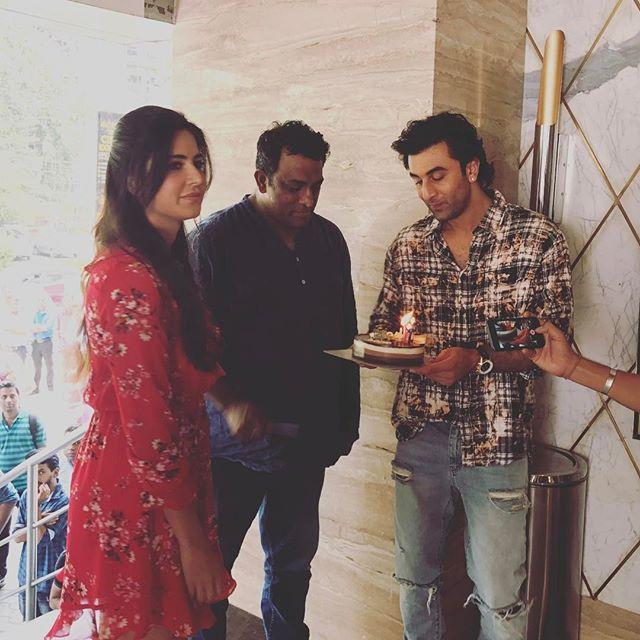 Happy Birthday Dada! Anurag Basu celebrates his birthday on our set with Ranbir and Katrina 😍😍❤️🎂