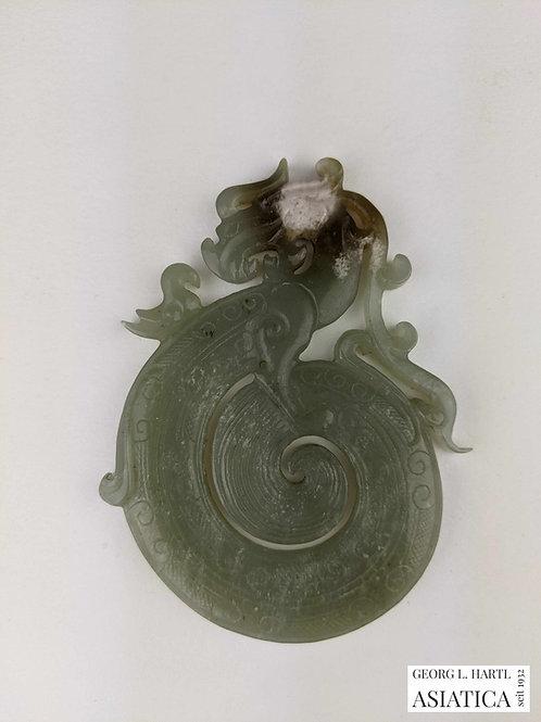 Zusammengerollter Drache aus Jade im archaischen Stil, 17./18. Jh., China