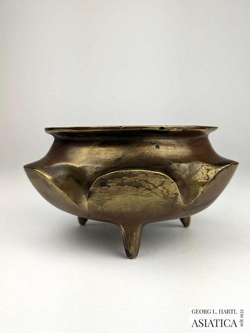 Bronze Weihrauchbrenner in Lotusform, 18. Jh., China