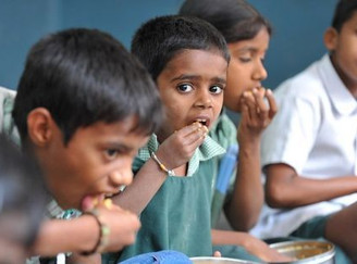 Aadhaar number made mandatory for students to receive midday meals: