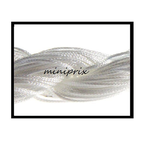 X5 Mètres de fil nylon/macramé blanc 1mm.