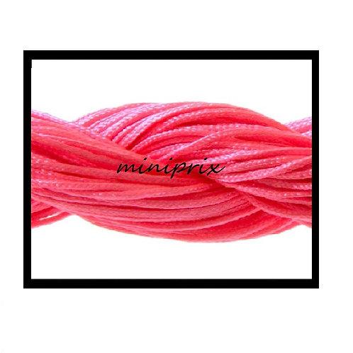 X5 Mètres de fil nylon/macramé rose fushia 1mm.