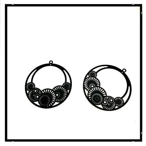 2pcs estampes pendentifs filigranes noir.