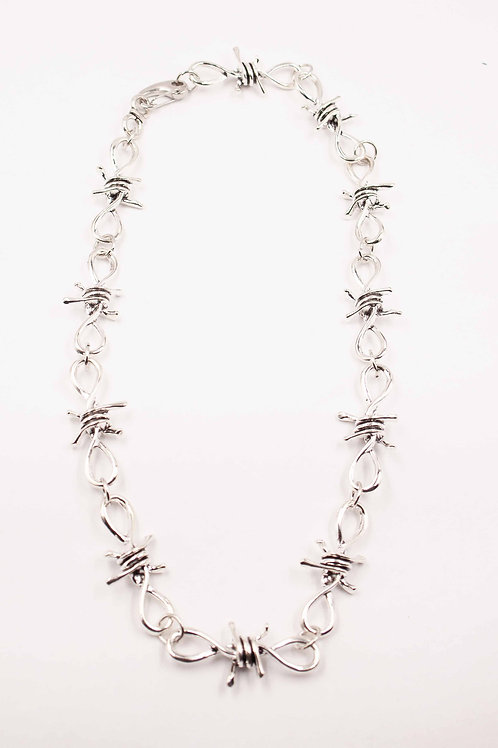BARBWIRE NECKLACE BLACK LINING