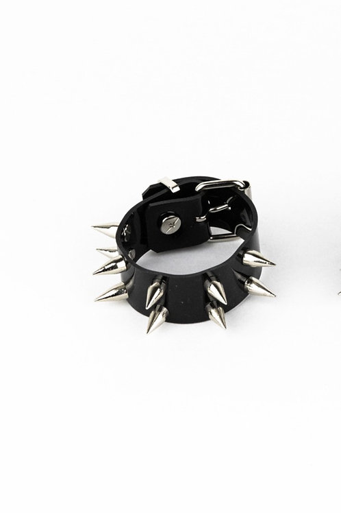 LUI TRASH BLACK TWO ROW SPIKE CUFF