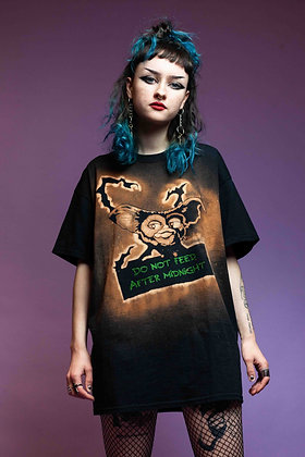 BLEACH DYE  GREMLIN T SHIRT