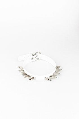 LUI TRASH SIMPLE ANGEL CHOKER WHITE