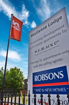 Mistletoe_Lodge6.jpg