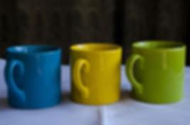 mugs-2002804_1920.jpg