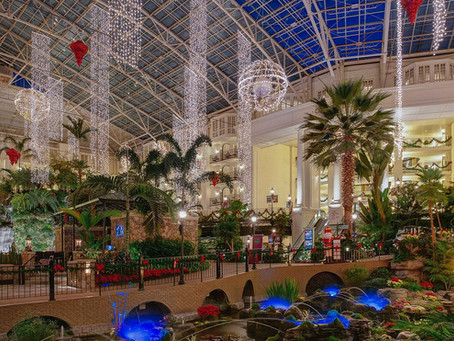 What Makes Christmas at the Gaylord Opryland in Nashville So Special!