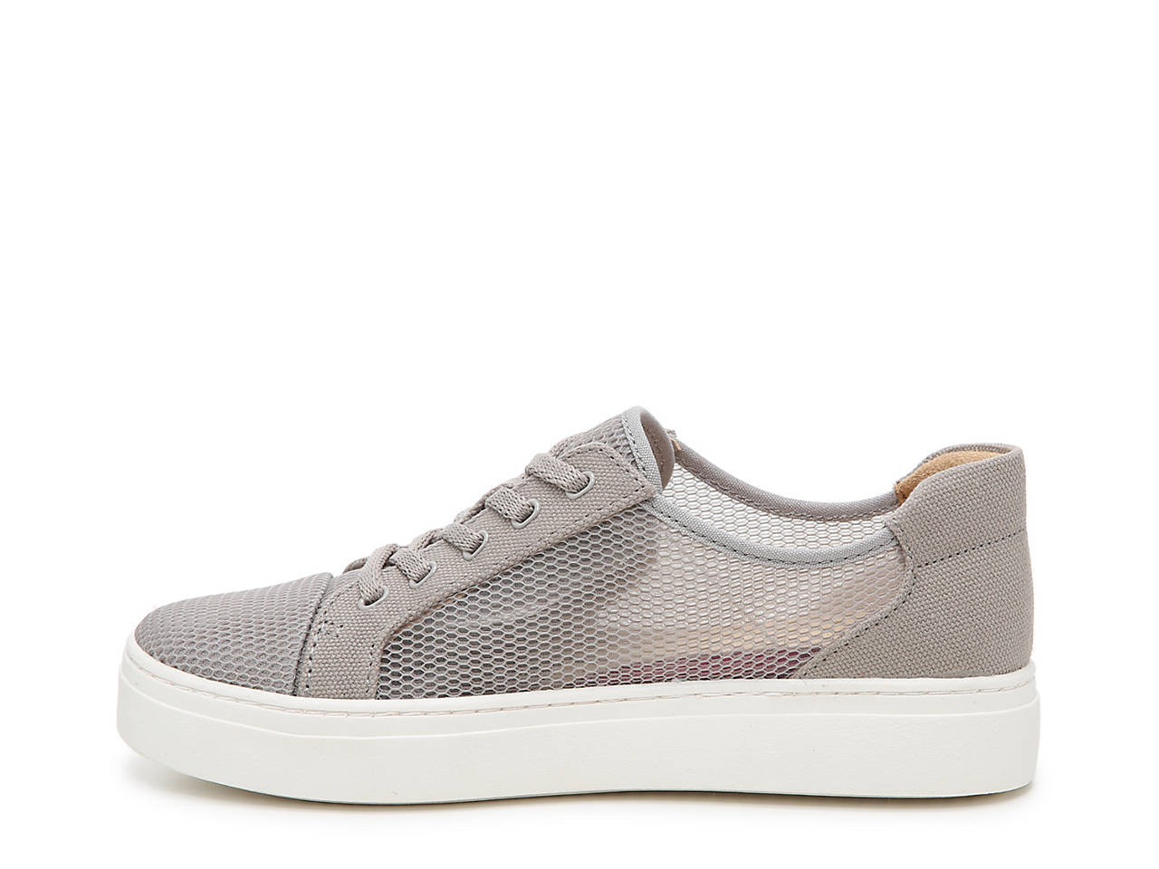 Tanner Sneaker by Naturalizer