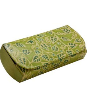 Ten Thousand Villages eyeglass case fair trade. https://www.tenthousandvillages.com/catalogsearch/result/?q=leather+glasses