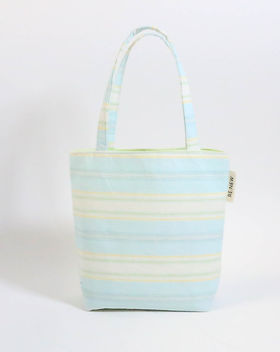 Renew Project mini tote. Made in the USA by refugees. https://www.renewproject.org/search?q=mini+tote