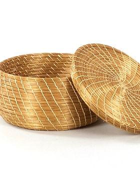 Cross Trade golden grass basket. Fair Trade home decor from Brazil. https://www.crosstrade.org/collections/homegoods