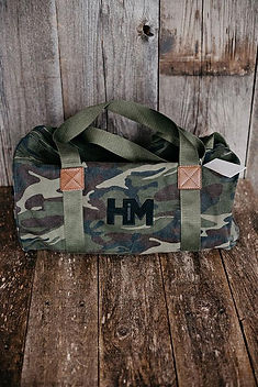 Hope Outfitters Duffel Bag. 100% of profits give back to charity. https://www.hopeoutfitters.com/collections/women/Bags-&-Totes