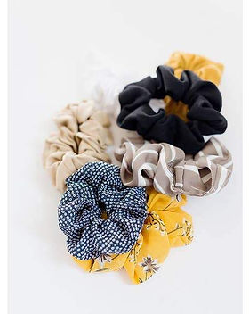 The Lemonade Boutique Cecile Scrunchie.j