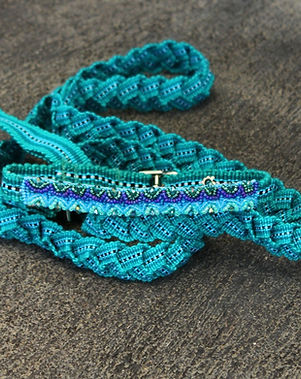 Women of Hope Guatemala dog leash and colar. Handwoven in Guatemala. https://wohgt.org/collections/dog-accessories