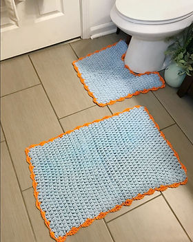LOOM Chicago, Matching Bathroom Rug Set. Handcrafted by Refugees.