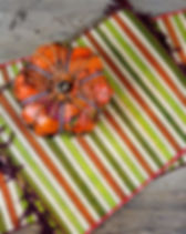 Eternal Threads rafia placemats. Handmade and fair trade. https://eternalthreads.org/product-category/home-decor/
