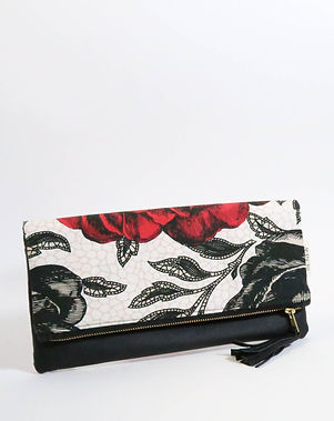 Renew Project Alham foldover clutch. Made in USA by refugee women. https://www.renewproject.org/collections