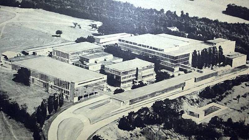 Bata film studios Zlin 1935 (kopie).jpg