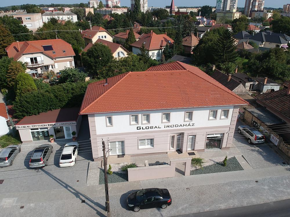 A Global Cégcsoport irodaháza Mosonmagyaróváron - Fotó: Gyárfás András, GGE Solar