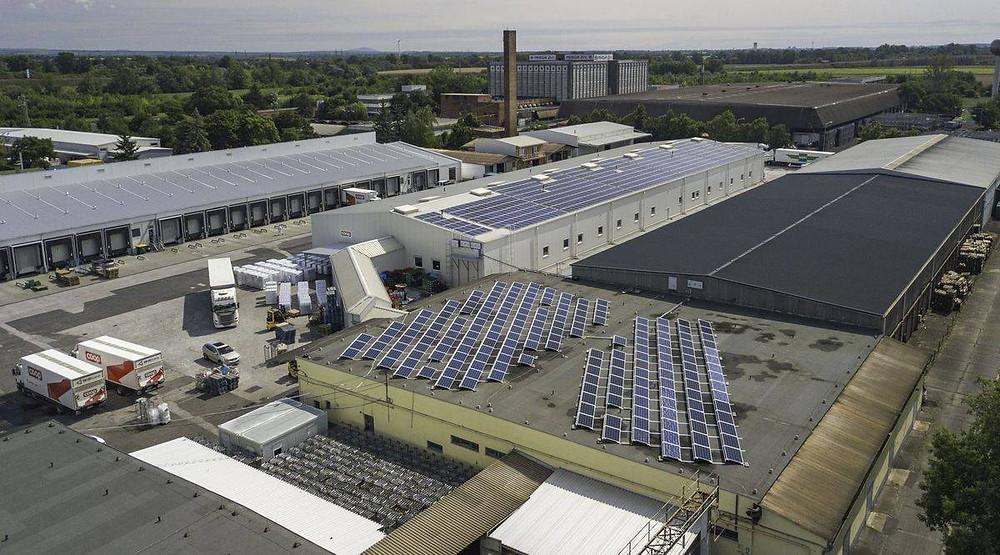 Az első, 265 kW teljesítményű kiserőmű a miskolci logisztikai központnál