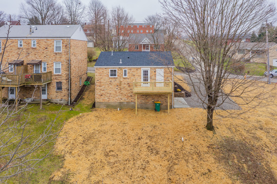 550 Chesnic Dr, Canonsburg, PA 15317-38.