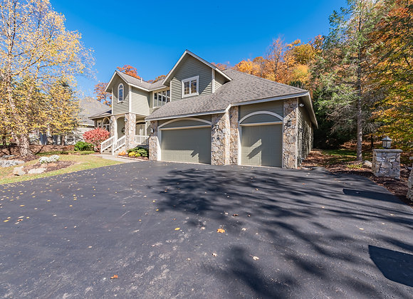 302 Deer Ridge Ln, Champion, PA 15622