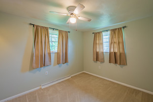 55 Millersdale Rd, Jeanette, PA 15644-1.