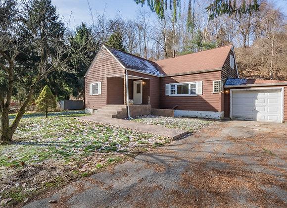 1230 Paintertown Rd, Irwin, PA 15642