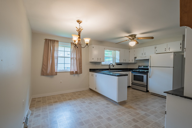 55 Millersdale Rd, Jeanette, PA 15644-9_