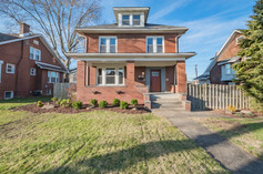 1319 Freeport Rd, Natrona Heights, PA 15