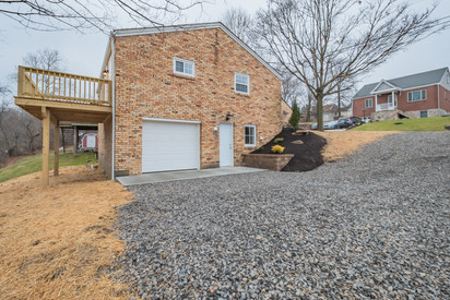 550 Chesnic Dr, Canonsburg, PA 15317-20.