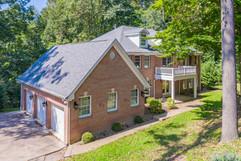 265 Lakewood Rd, Greensburg, PA 15601-4.