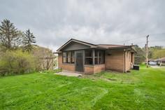 55 Millersdale Rd, Jeanette, PA 15644-22