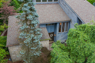 273 red oak dr, pittsburgh, pa 15239-12.