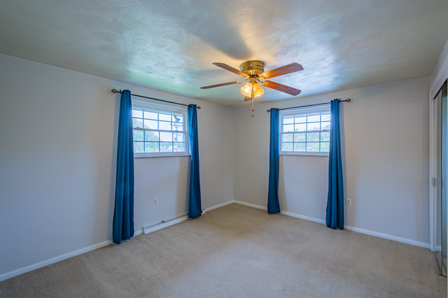 55 Millersdale Rd, Jeanette, PA 15644-3.