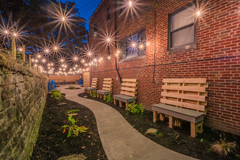 420_Walnut_Patio-2.jpg
